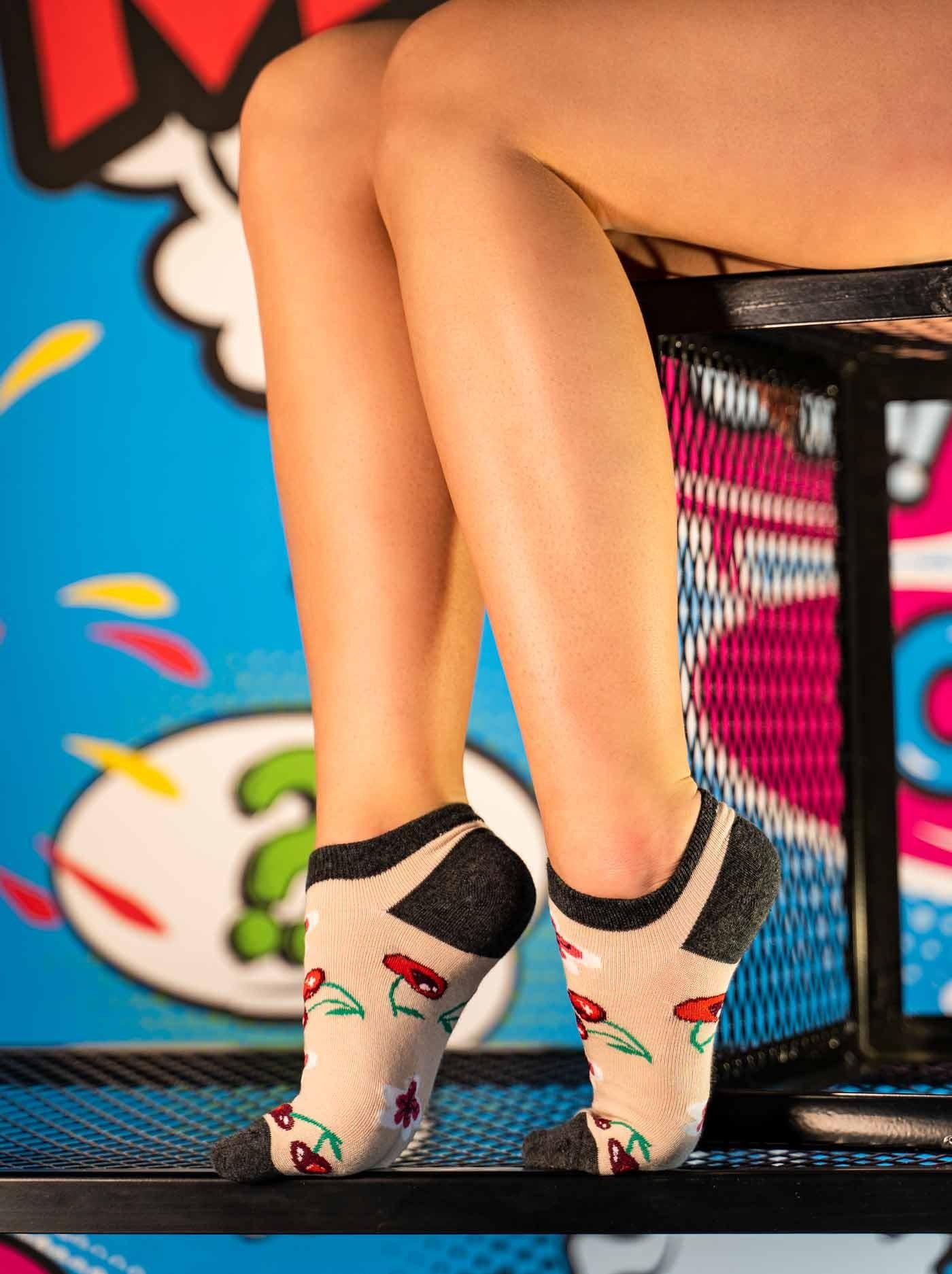 Women's FUN Low Cut  Socks Cherry
