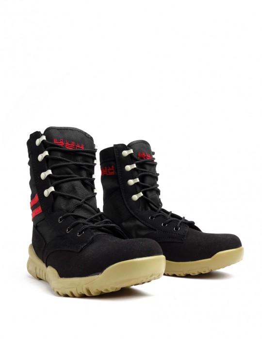 Boots Black Sand Red Desert